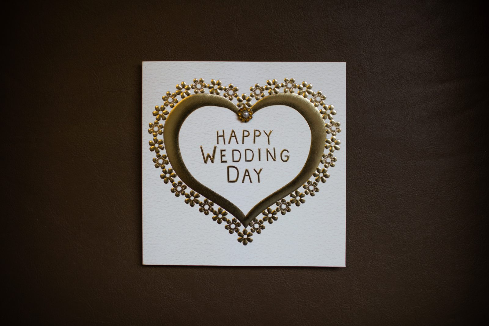 4 Ideal Types Of Gift Cards To Give As A Wedding Present Ideal Magazine