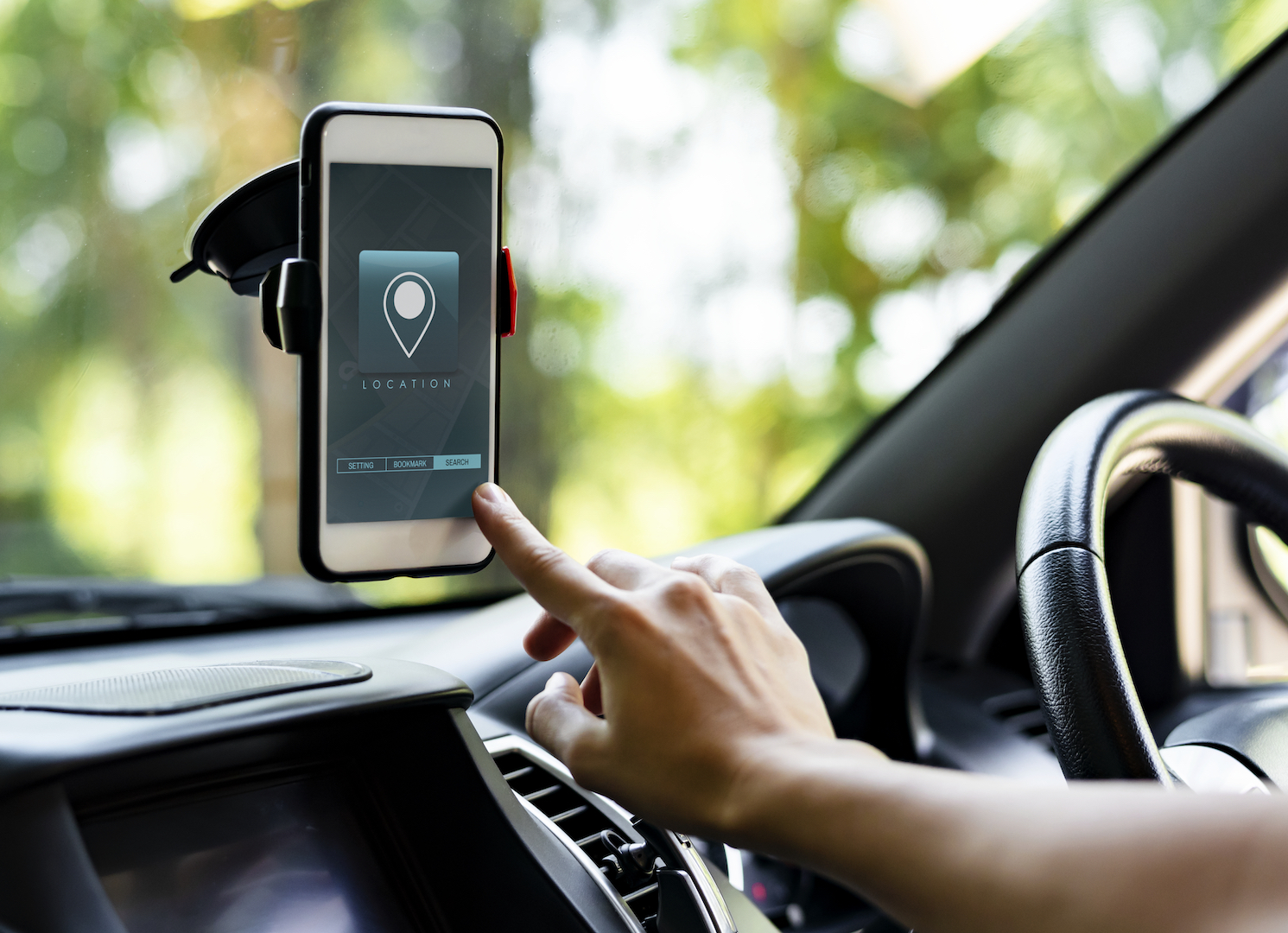 4 IDEAL DRIVING APPS FOR CARS - Ideal Magazine
