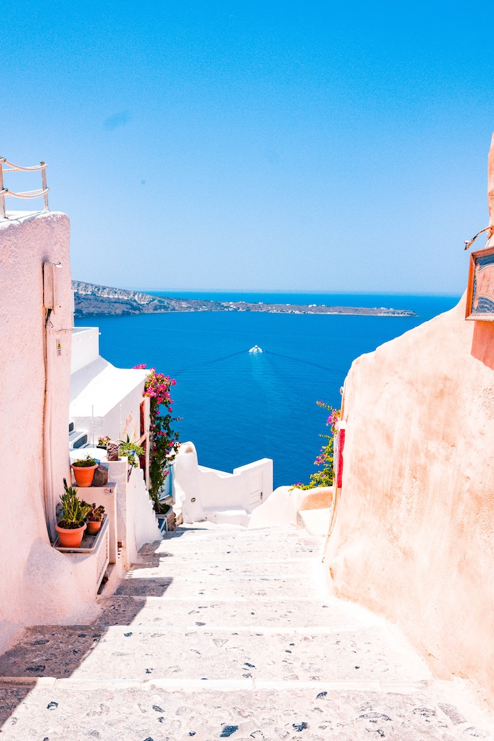 5 IDEAL GREEK ISLANDS TO VISIT ON YOUR NEXT HOLIDAY