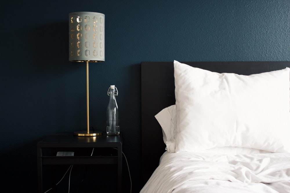 7 IDEAL TIPS FOR DECORATING YOUR BEDROOM ON A BUDGET - Ideal ...
