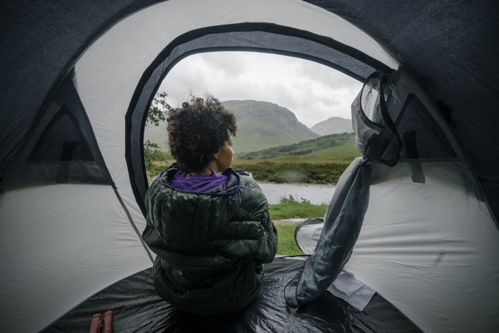 WET WEATHER HIKING tent