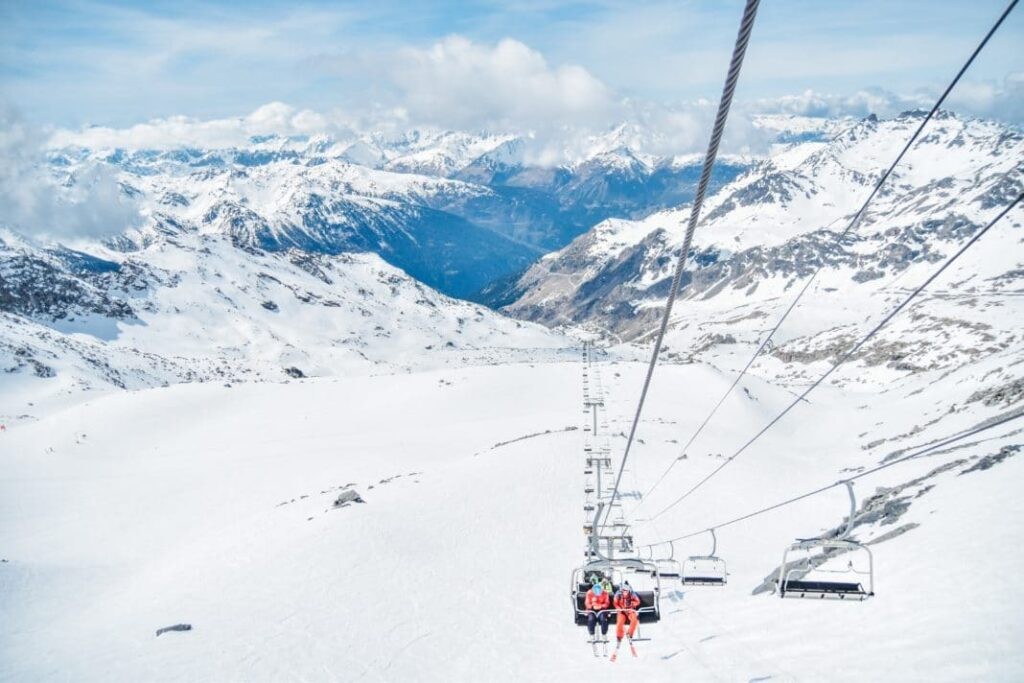 5 OF THE BEST SKI RESORTS IN FRANCE FOR WINTER 2020